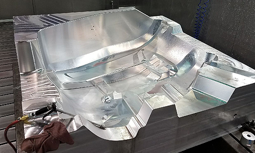 Composites & Plastics: Large Scale Molds